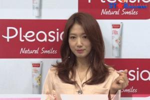 [S영상] 박신혜, '미소가 아름다운 그녀' (플레시아 팬사인회)